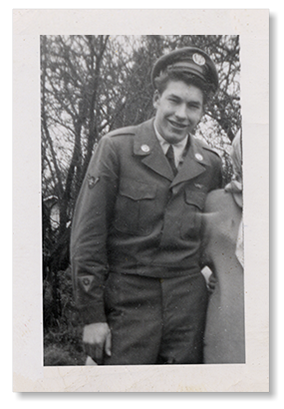 photo of Jim Kellison in his airforce uniform